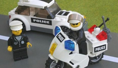 Post image for Lego Cops in Wonderland…….