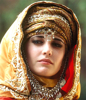 Eva Green as Queen Eleanor